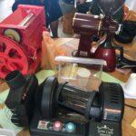 電気焙煎機とコーヒーパルパー